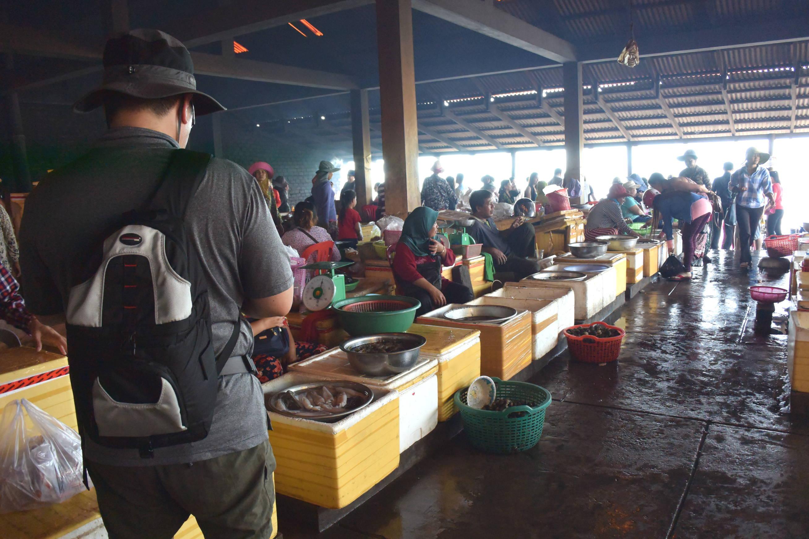 Marché aux crabes de Kep au Cambodge 1