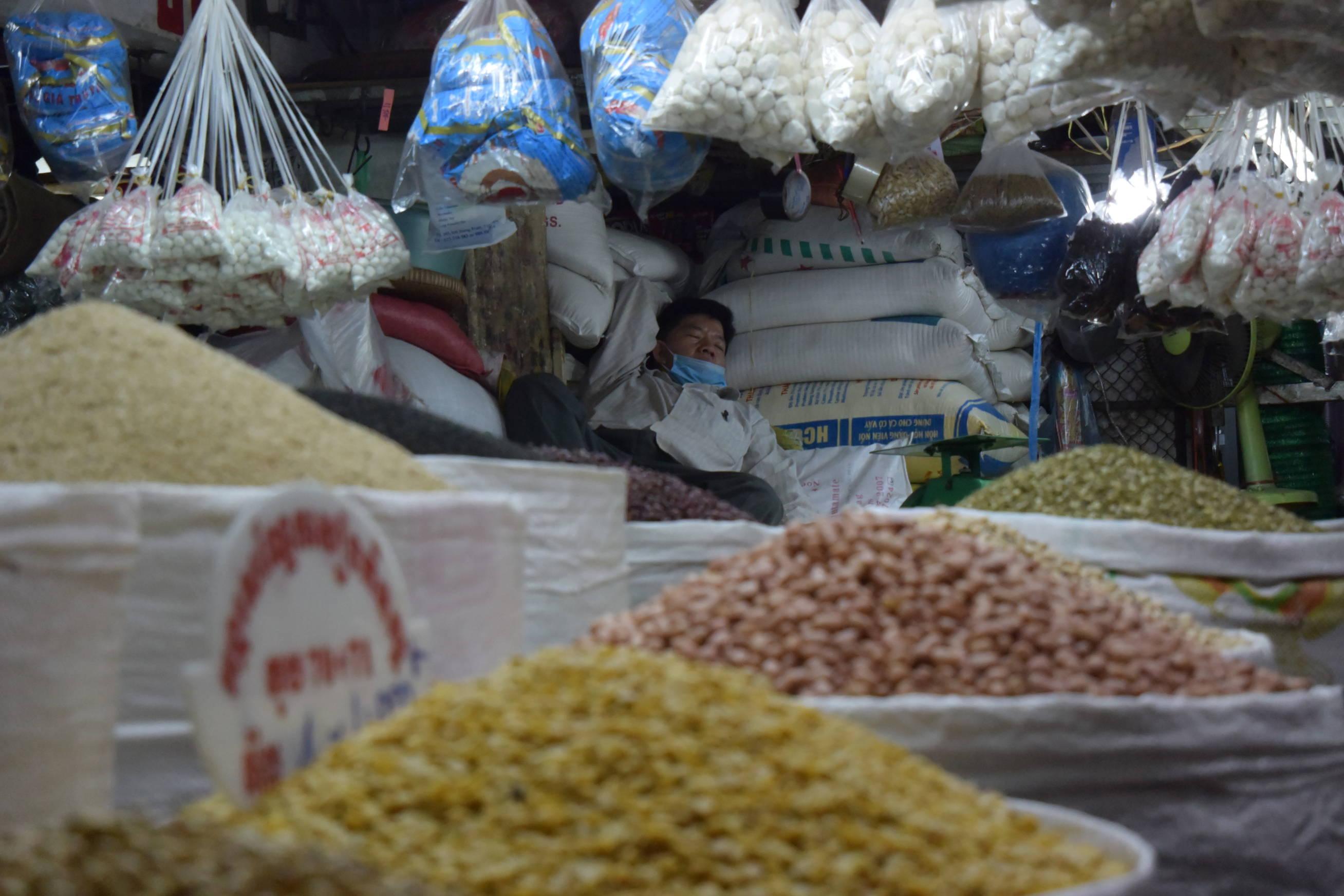 Marchés à Phnom Penh au Cambodge-3
