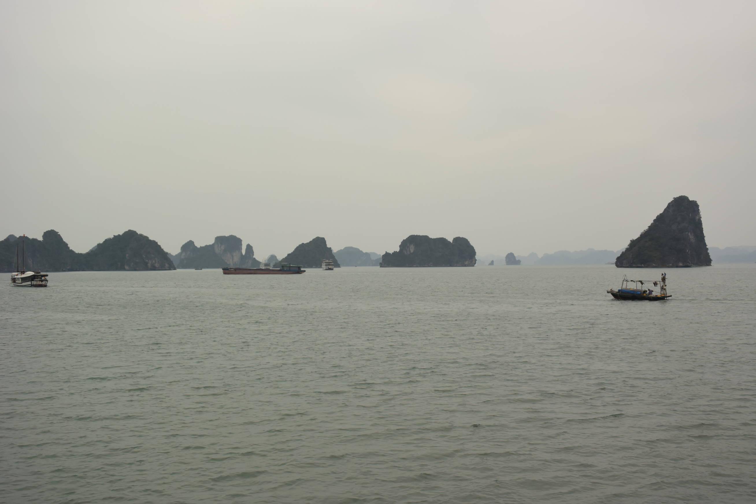 Embarquement pour la baie d'Halong 4