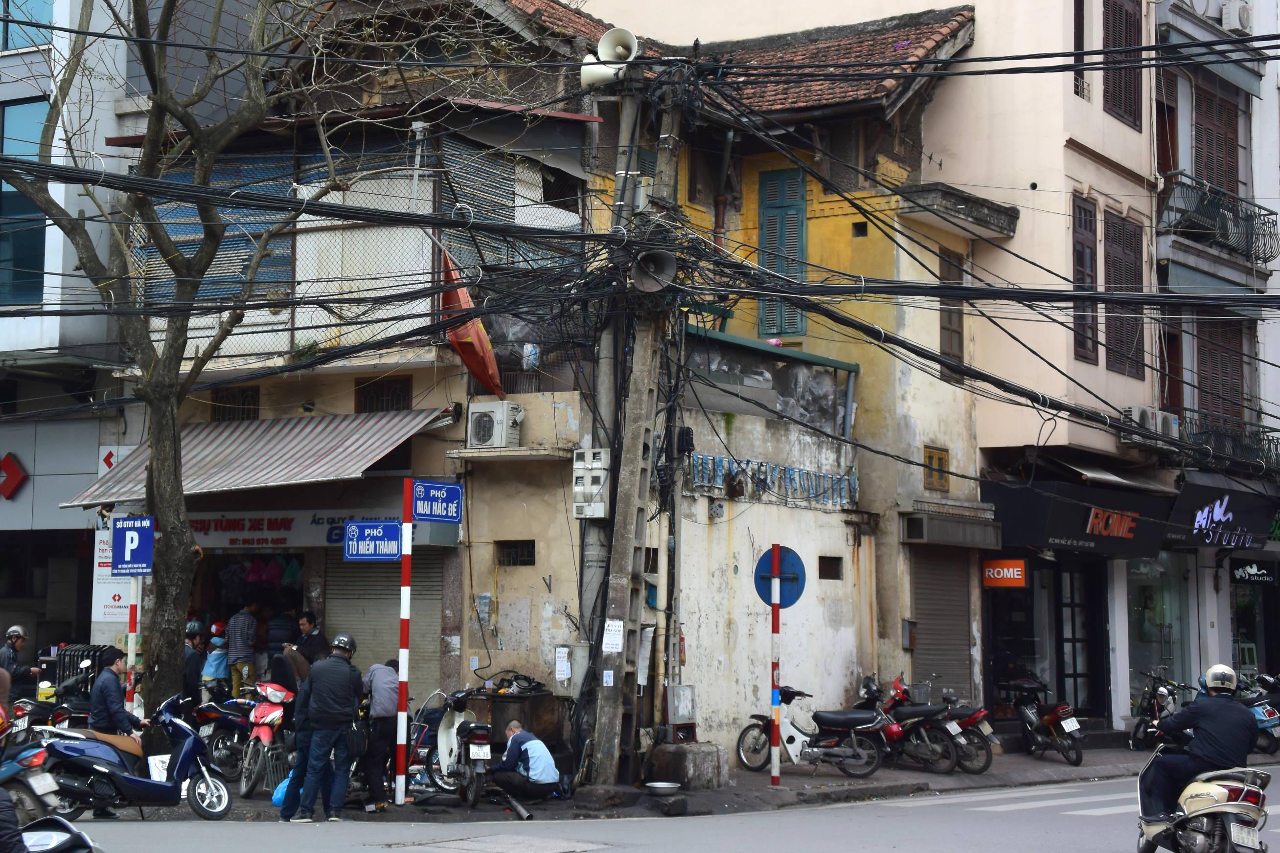 Dans les rues d'Hanoi 6