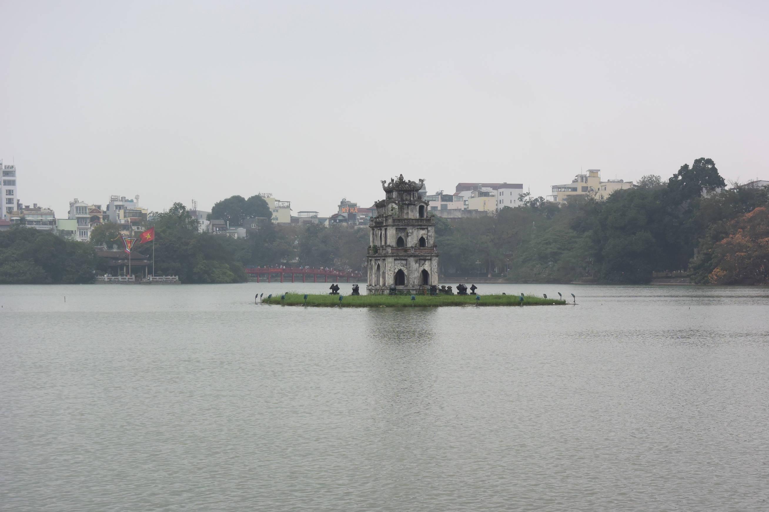Lac Hoan Kiem 1